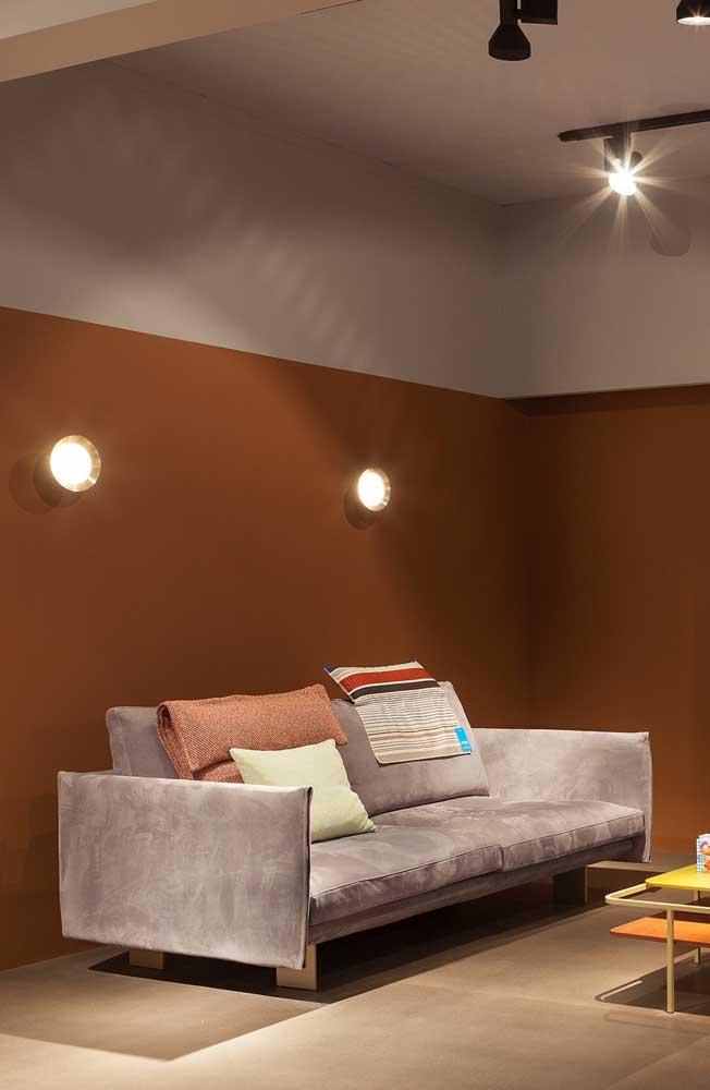 Um modelo de sofá super contemporâneo; perfeito para quem busca por peças conceituais e de design