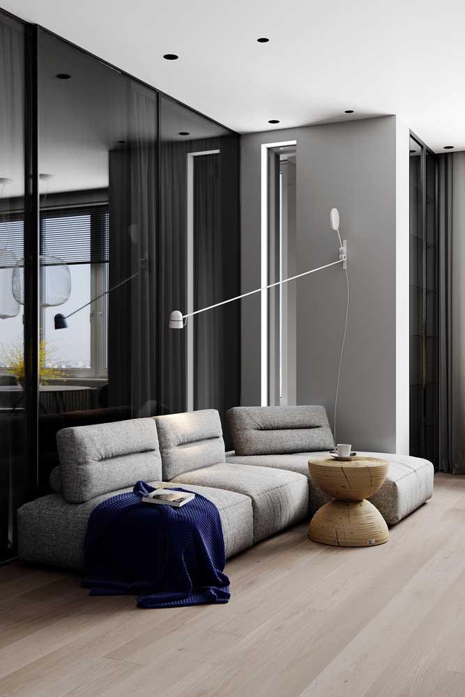 Esse modelo de sofá é perfeito para quem não abre mão do conforto