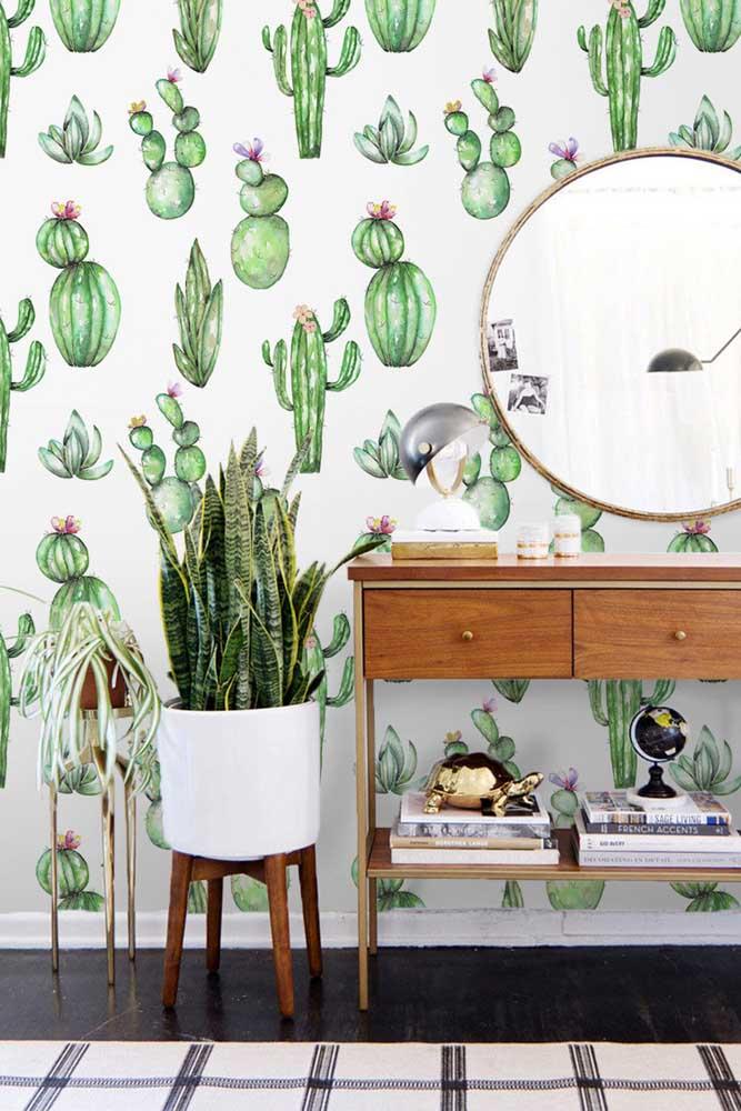 Para combinar com o papel de parede da sua casa, aposte em um vaso com suculentas naturais.