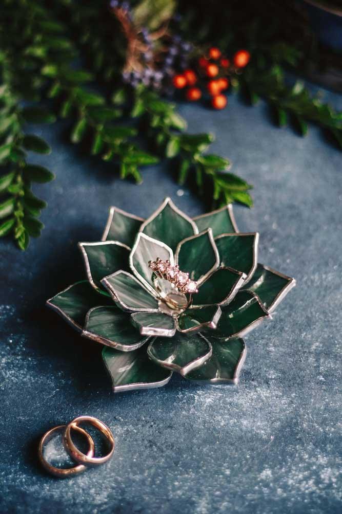 As suculentas superficiais são ótimas para quem deseja fazer uma decoração mais sofisticada.
