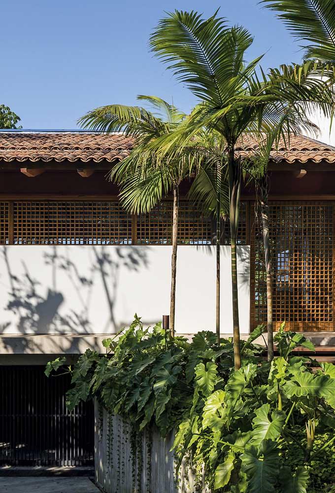 Detalhes dos encaixes das telhas em cerâmica para o telhado colonial