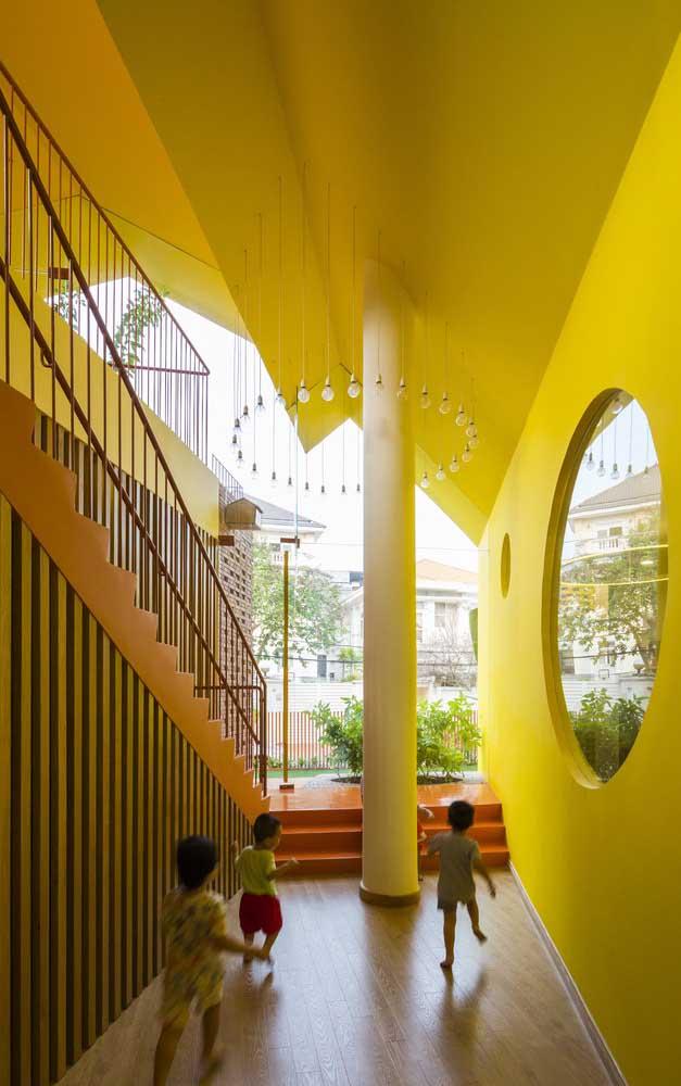 As crianças ficam muito mais animadas em um ambiente na cor amarela.