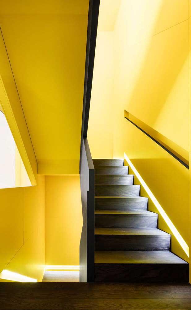 É incrível como a cor amarelo deixa o ambiente mais iluminado.
