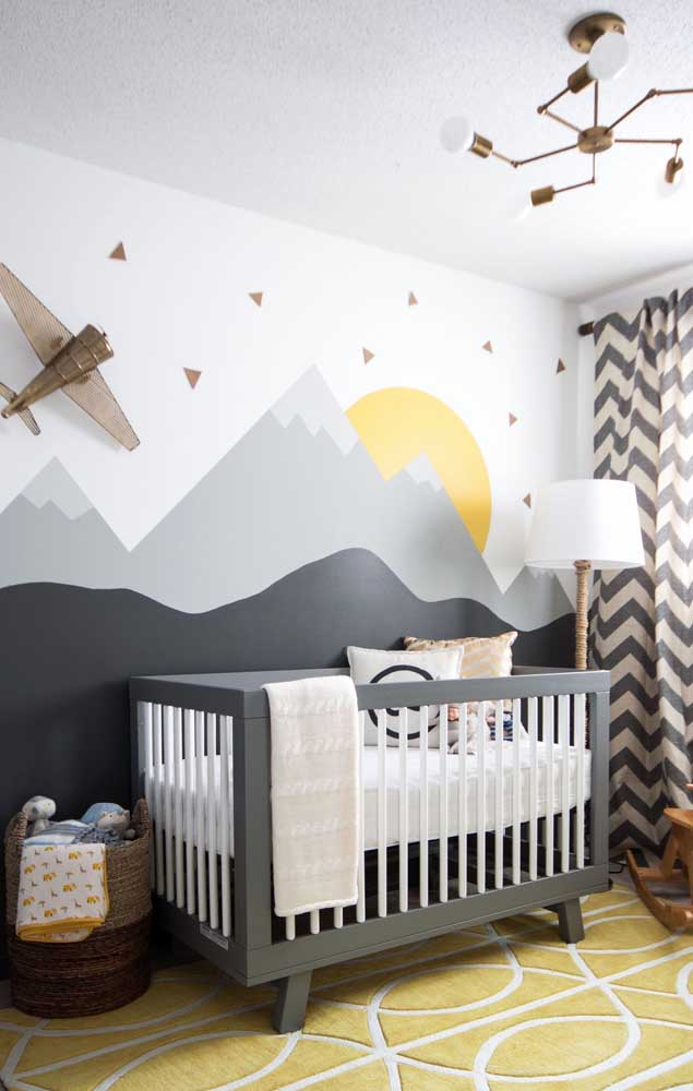 No quarto de bebê amarelo, a cor pode está presente em apenas um detalhe.