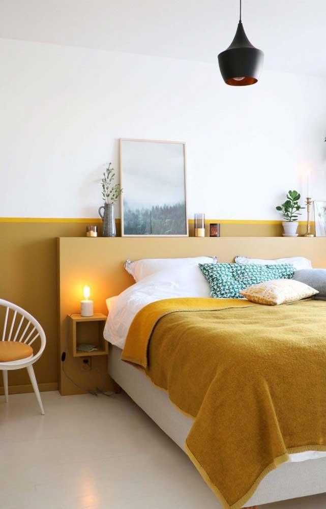 No quarto amarelo o ideal é escolher um tom mais suave combinando com outros itens.