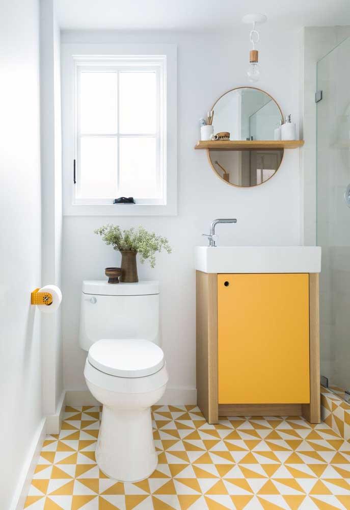 Olha o luxo que fica o banheiro quando você tem a coragem de ousar na decoração.