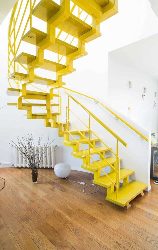 Quer inovar na decoração da sua casa? Comece pela escada.