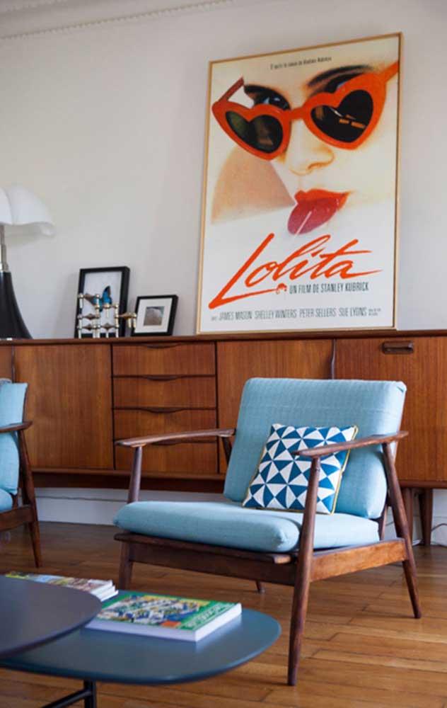 Tons de azul e madeira: uma combinação atemporal que se encaixa em todo tipo de decoração