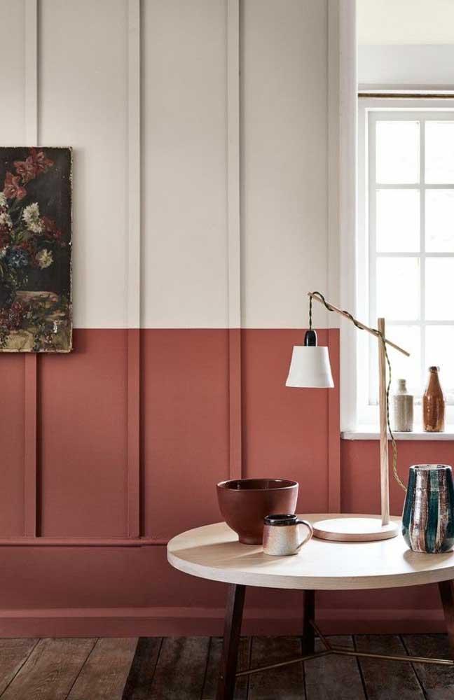 Se uma parede inteirinha é demais para você, experimente pintar apenas meia parede de vermelho
