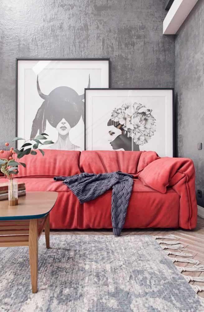 Um sofá vermelho para chamar de seu!