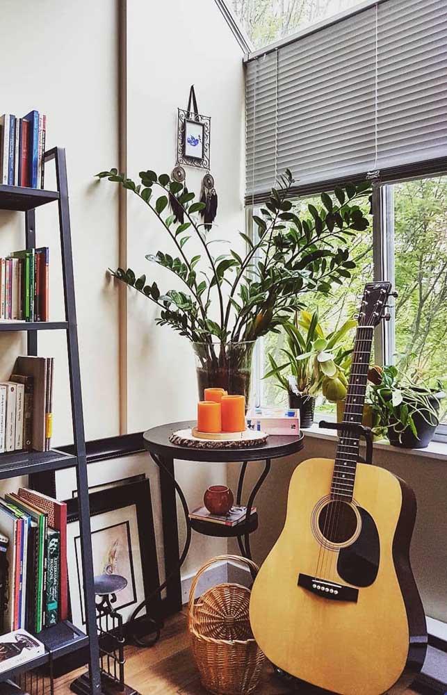 A casa fica muito mais acolhedora e aconchegante na presença de plantas, invista nelas!