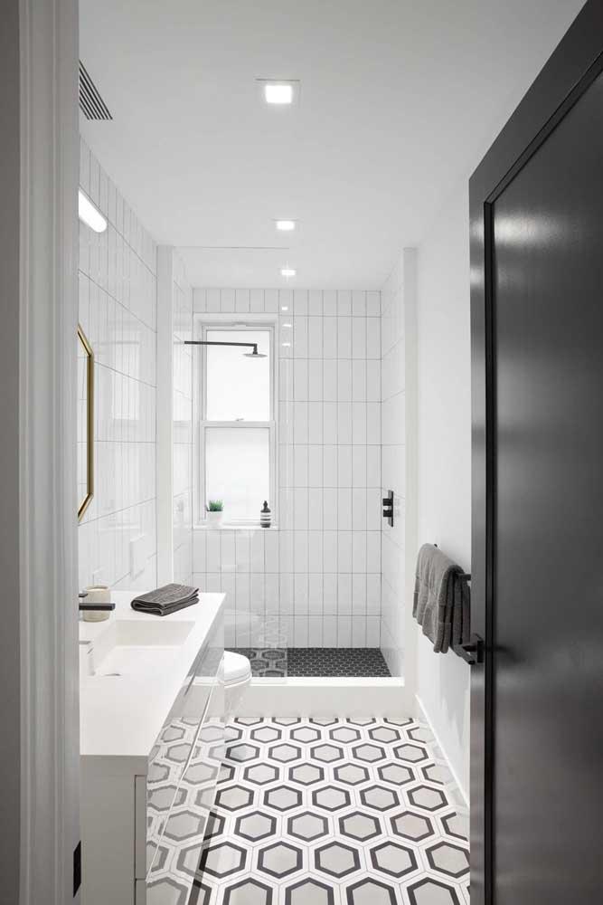 Banheiro decorado em preto e branco: moderno, clean e minimalista