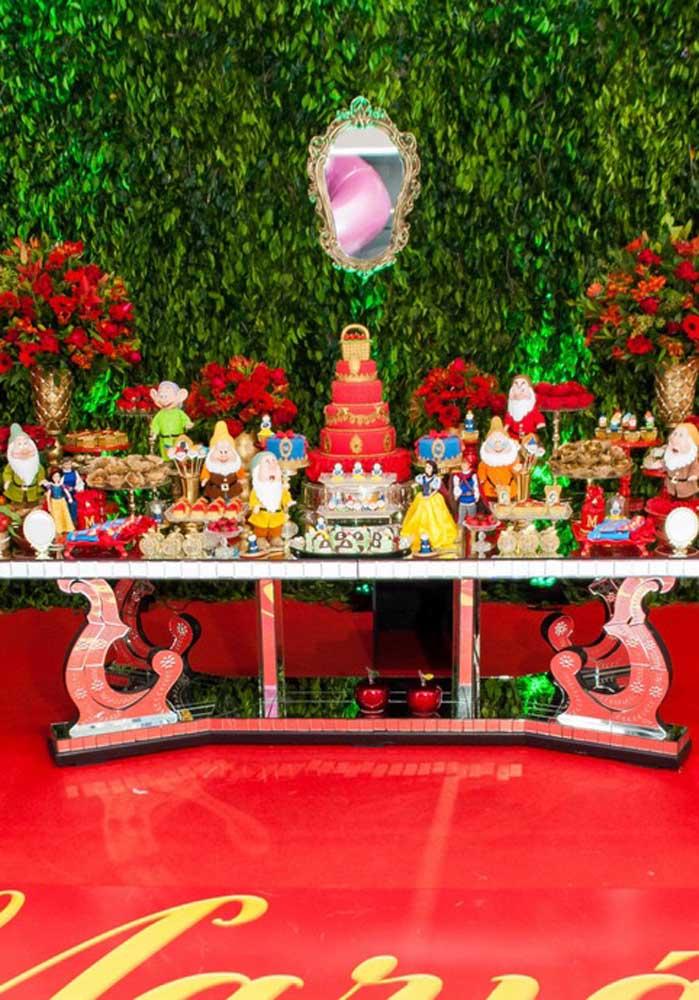 E essa mesa gente? Um luxo só que pode ser uma enorme inspiração para você preparar a sua decoração.