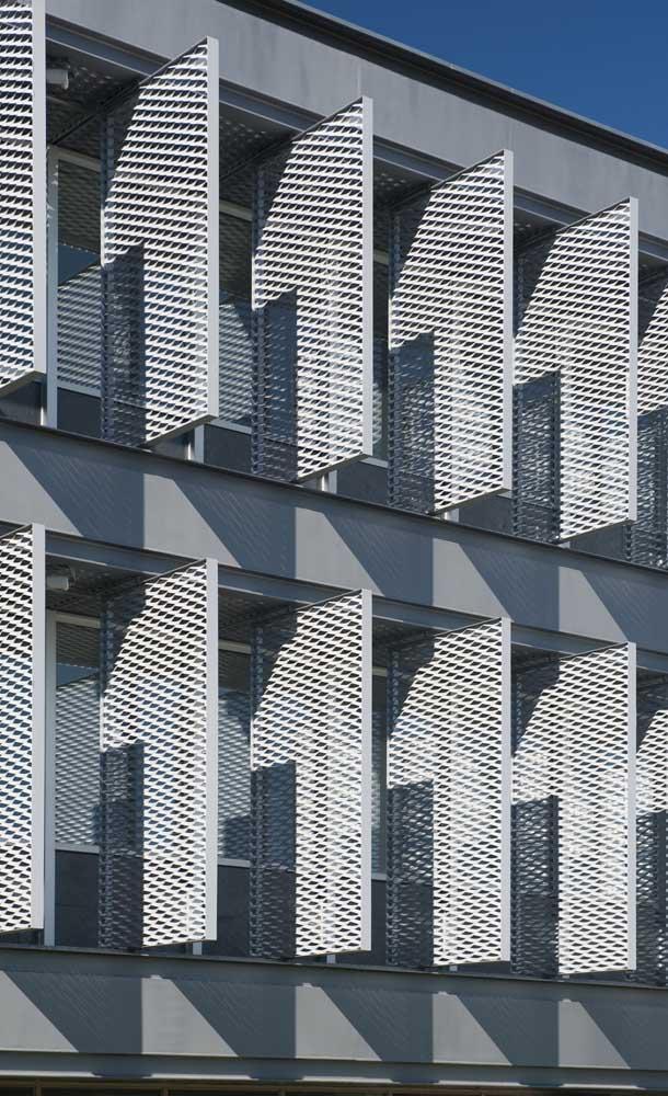 Grades móveis para as janelas dos apartamentos: segurança, beleza e versatilidade no projeto
