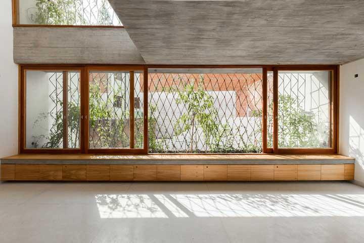 Mas se preferir um pouco mais de modernidade no projeto, essa outra inspiração aqui é perfeita