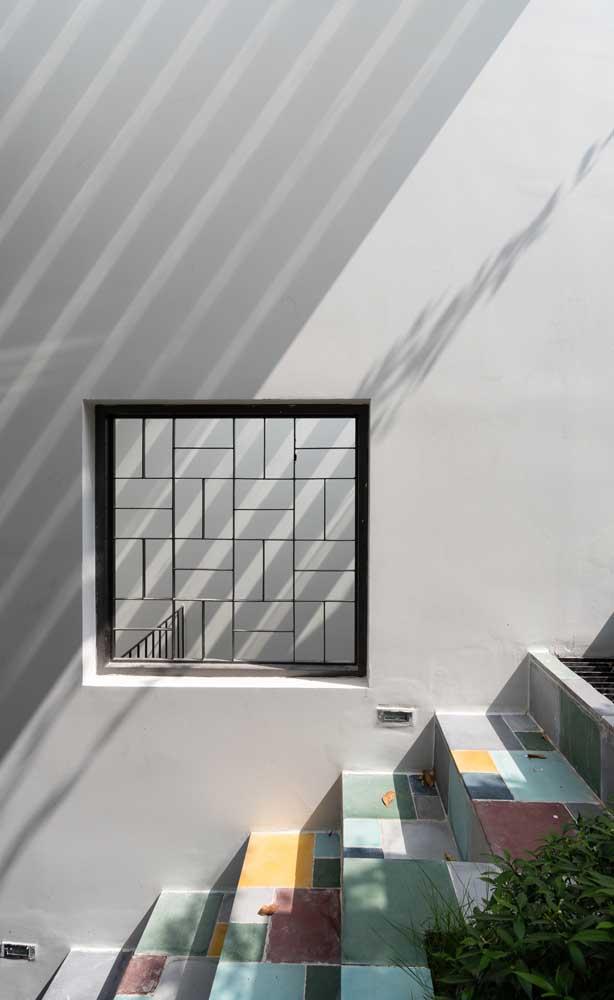 Desenho clean e minimalista para a grade de ferro
