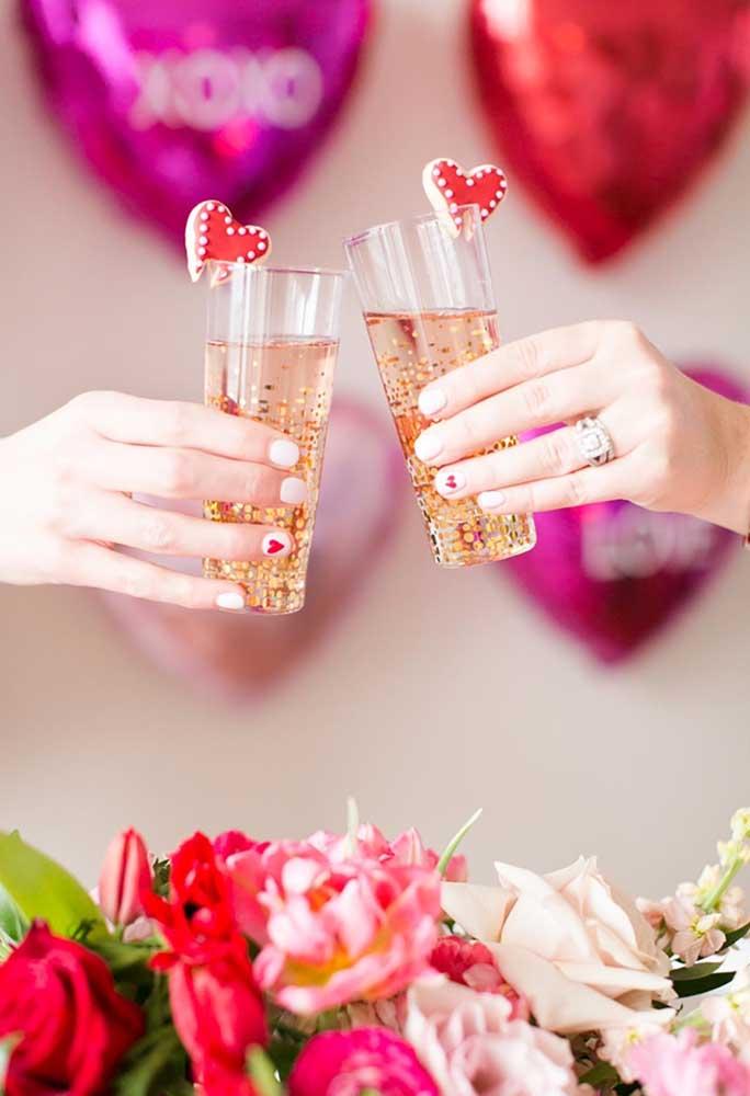 Um brinde à todas formas de amar.