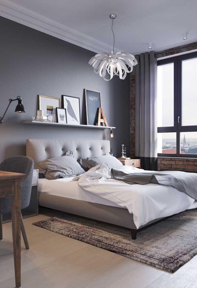Prateleira sobre a cabeceira da cama: modelo em alta principalmente para quem deseja usá-la para apoiar quadros
