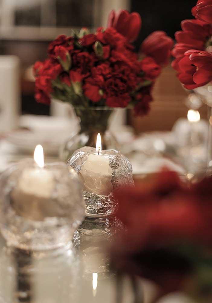 Quem resiste a um jantar à luz de velas com o seu grande amor?