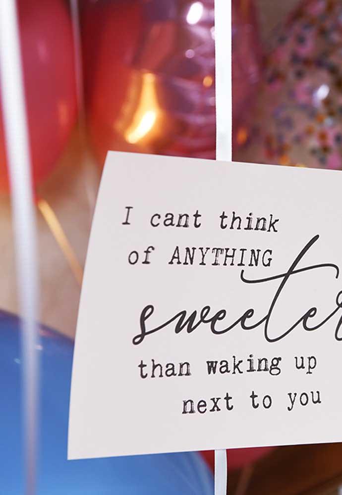 Quer fazer uma surpresa simples para namorado? Escreva uma declaração de amor.