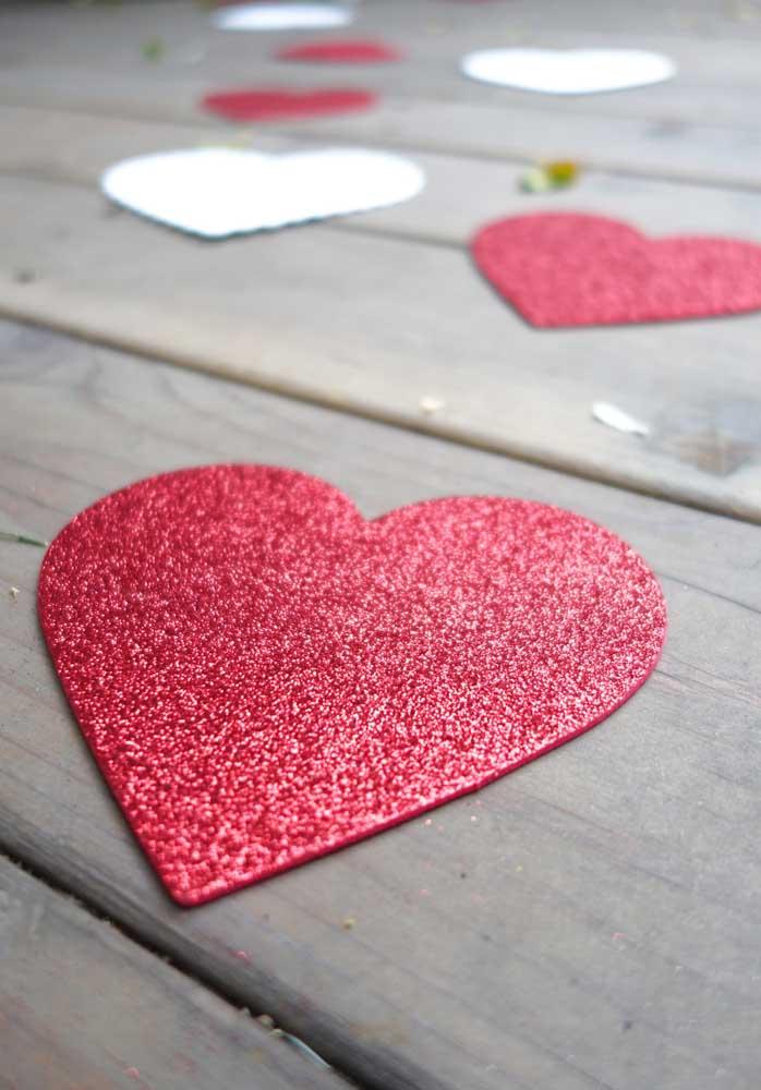 Se a grana está curta, faça uma surpresa para namorado simples e barata usando a criatividade.