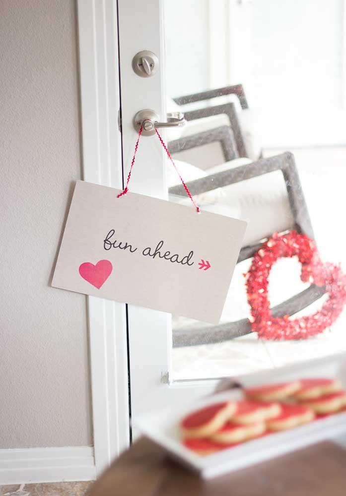 Faça tudo para o dia dos namorados ser um momento descontraído, divertido e ao mesmo tempo romântico.