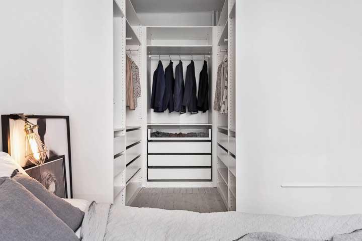 Mantenha as peças do armário sempre ao seu alcance.