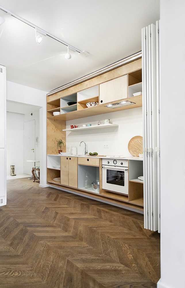 Você também pode usar armário de cozinha planejado em ambientes espaçosos.