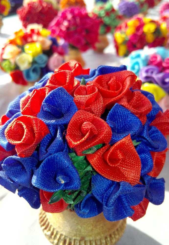 Uma opção de flores em tecidos diferente; não há limites para ideias inovadoras