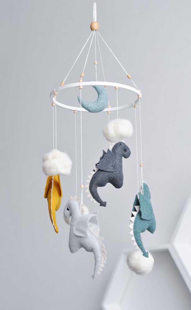 As mamães vão amar essa peça artesanal para colocar no quarto dos bebês.