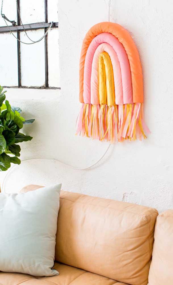 Com materiais simples e baratos é possível criar peças artesanais para vender e ganhar dinheiro.