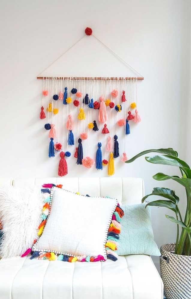 A parede da sua sala vai ficar ainda mais linda com essa peça artesanal.