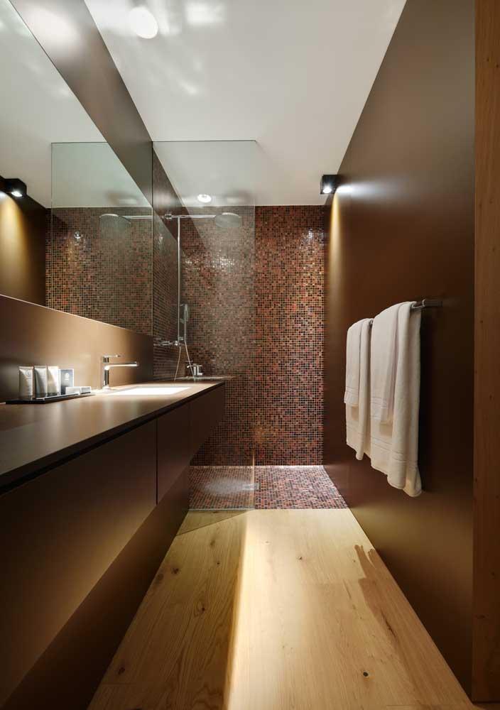 Diferentes modelos de parede para o banheiro de luxo.