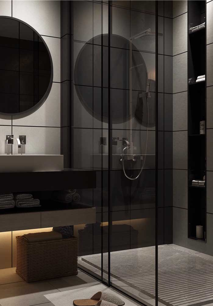 Você pode investir em um banheiro simples, mas que seja luxuoso ao mesmo tempo.