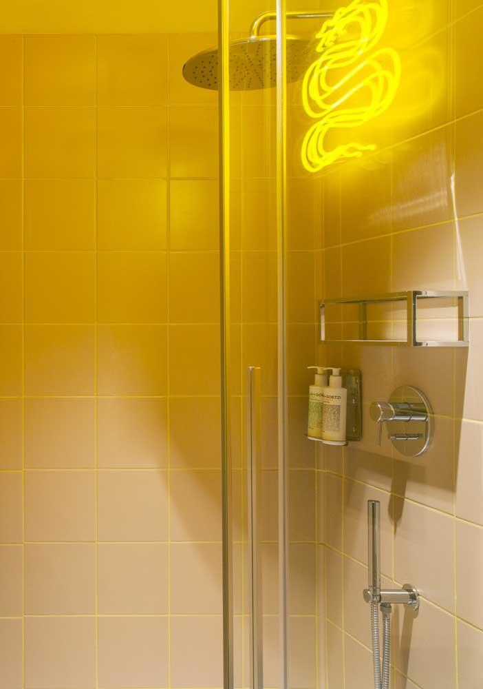 Você pode fazer isso colocando uma iluminação na cor da sua preferência.