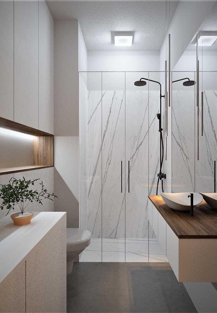 Para espaços pequenos, escolha cores que valorizam o ambiente.