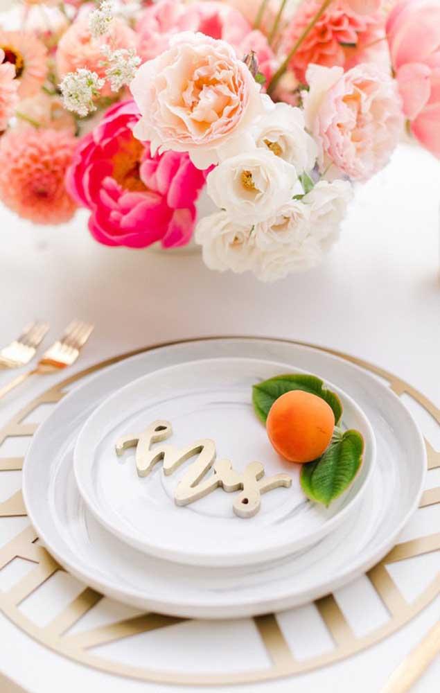 Sugestão de mesa posta para a festa de bodas de prata