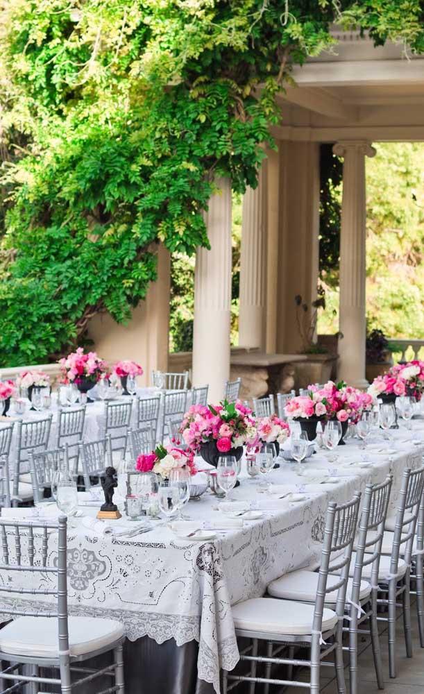 Uma inspiração de celebração de bodas de prata em estilo clássico