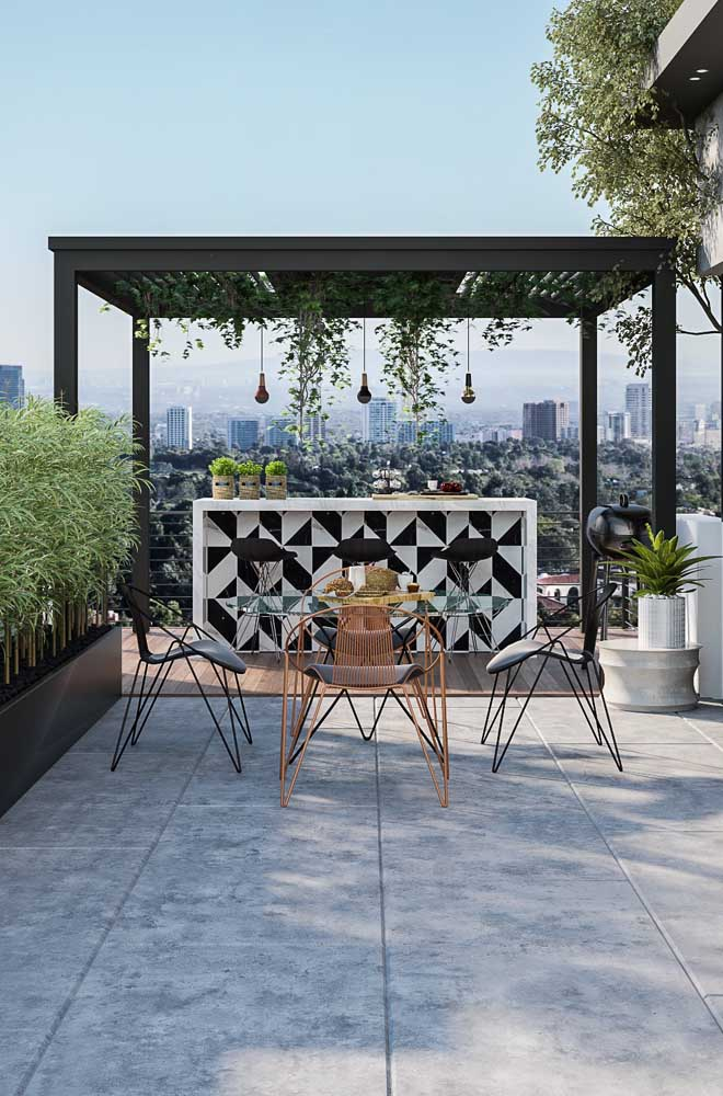Saiba escolher as cadeiras ideais para ambientes externos.