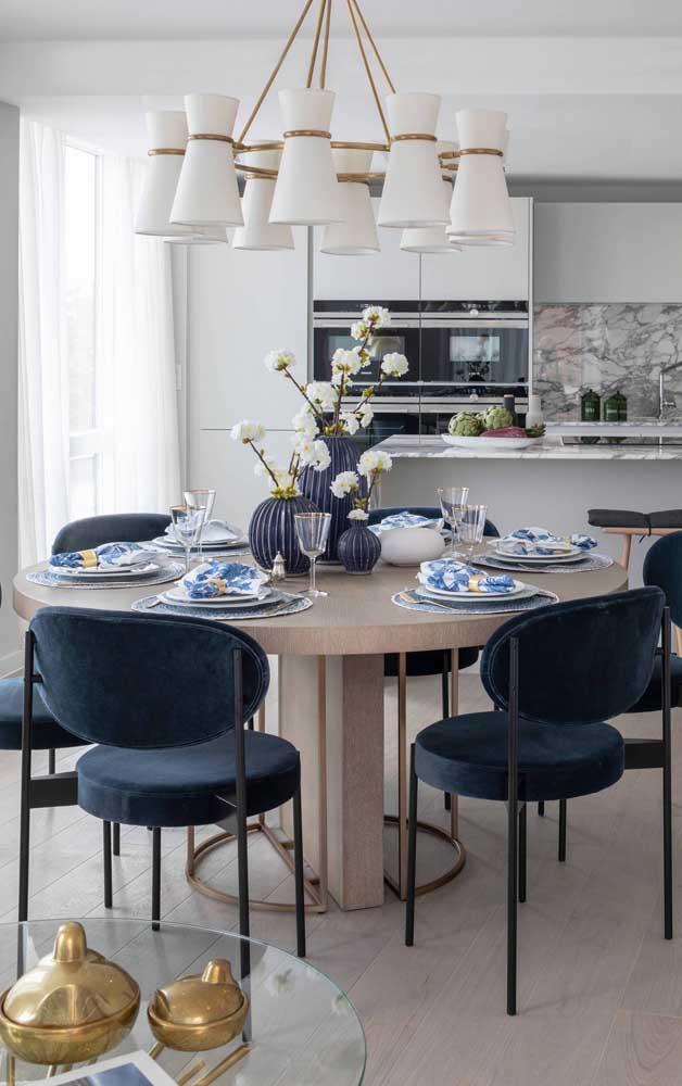 Entretanto, na sala de jantar você precisa caprichar para deixar o ambiente mais moderno.