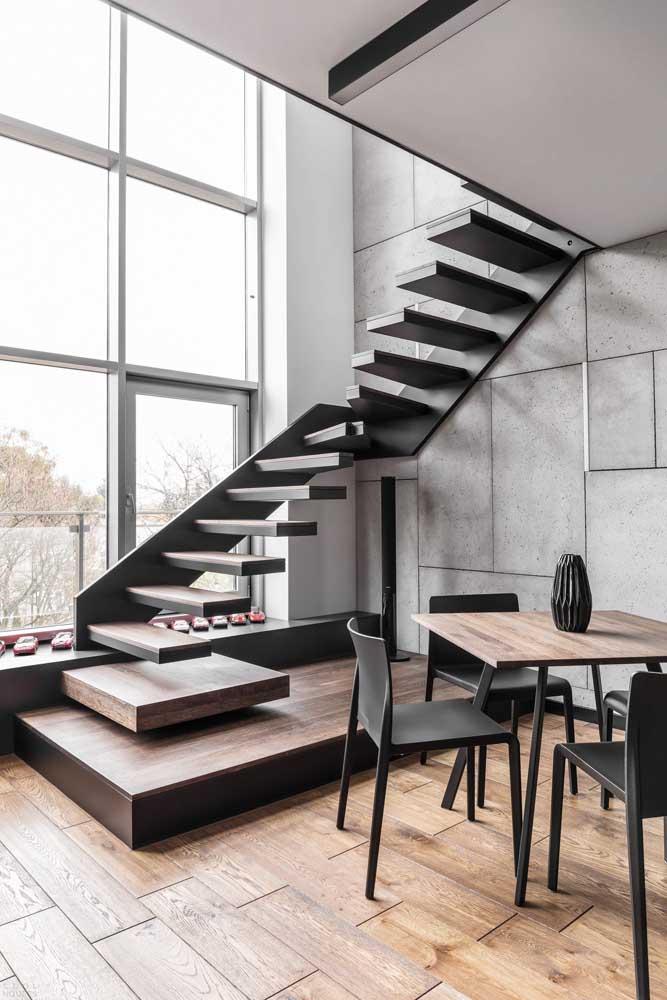 Olha que ideia interessante para colocar embaixo da escada.