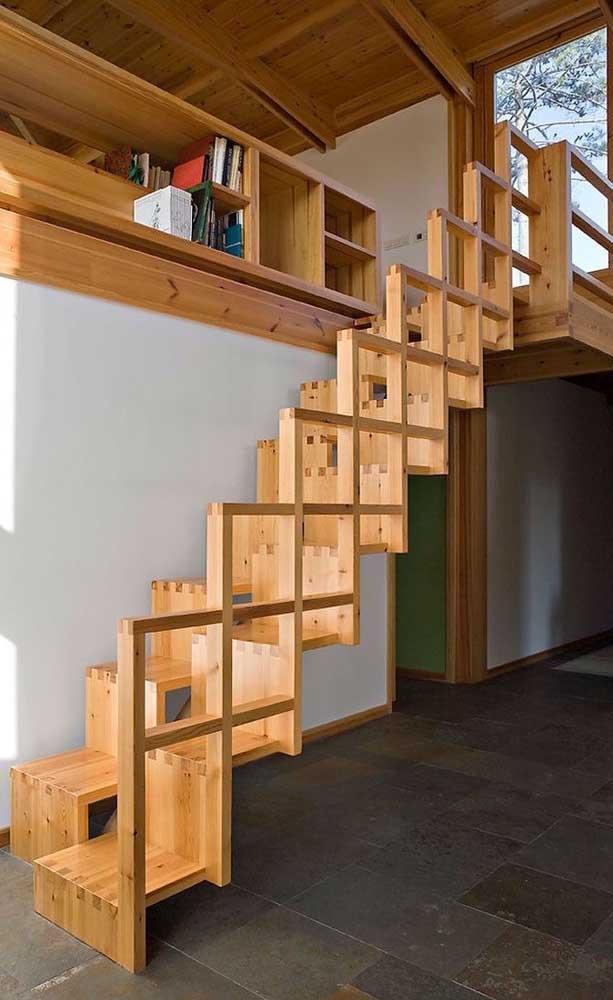 O que acha de apostar em um design completamente diferente para sua escada de madeira?