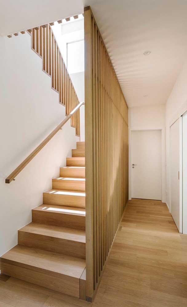 O que acha dessa escada de madeira rústica?