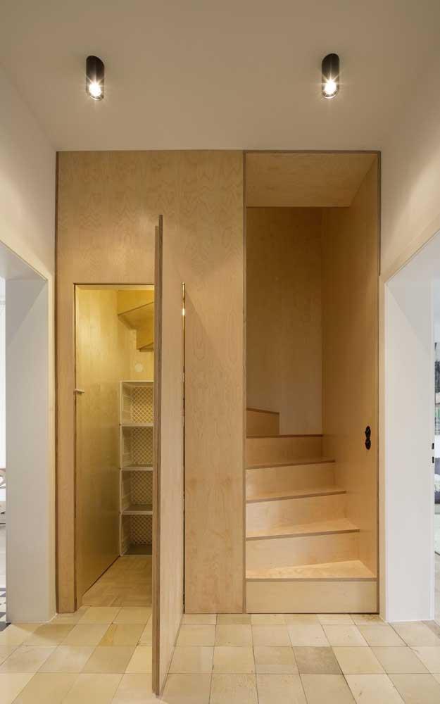 Mais uma ideia de projeto para a área de baixo da escada.