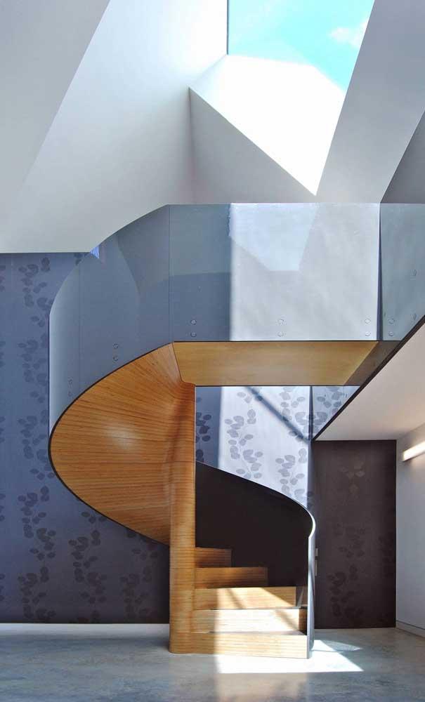 Quer uma escada caracol moderna e sofisticada?
