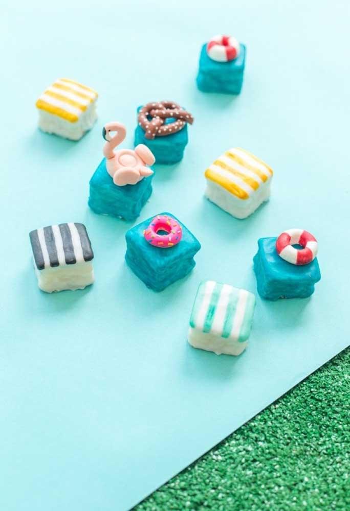 Inspiração para você fazer os doces da festa na piscina.
