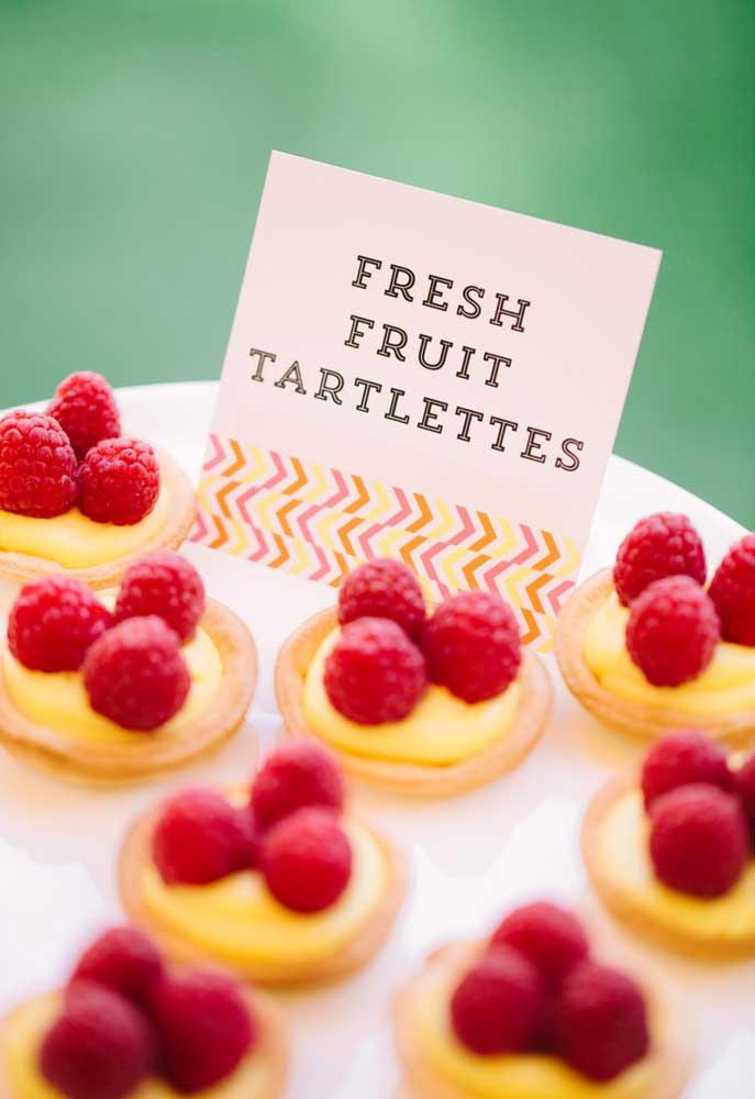 De sobremesa você pode preparar algumas tortas com frutas frescas.