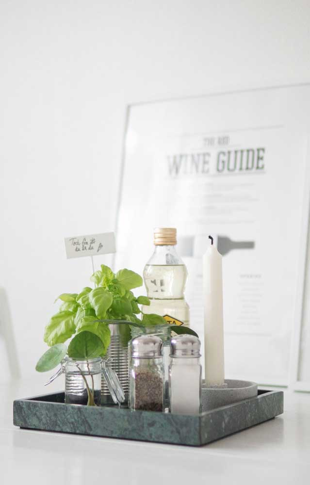 Você pode usar o granito verde ubatuba apenas em objetos decorativos para casa.