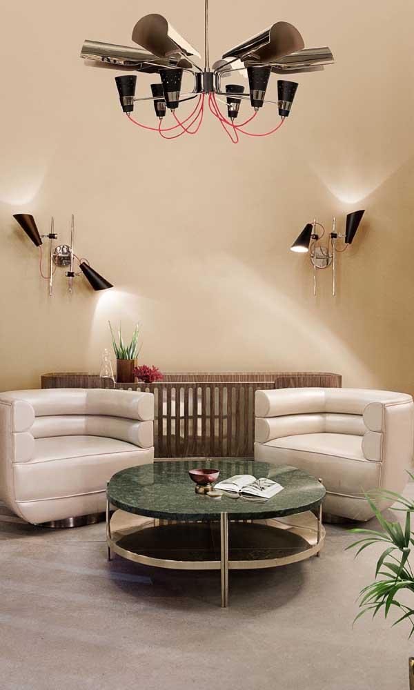 É possível usar o granito verde ubatuba na mesa de centro da sala de estar.