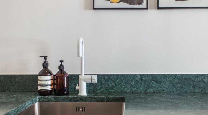 Granito verde Ubatuba: vantagens, como limpar e fotos inspiradoras